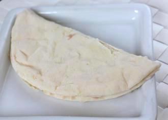 ピザサンド抹茶あずきクリームチーズソース