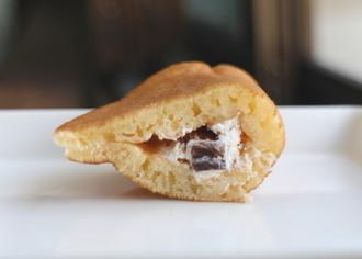 スイーツパンケーキ スティックチョコ&ホイップ