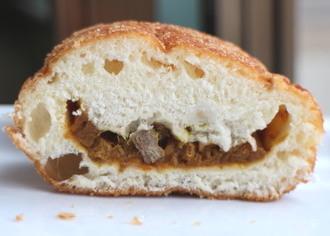 牛肉のおいしいカレーパン