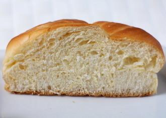 ヤマザキ しっとりバターパン