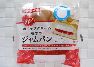 ホイップクリーム好きのジャムパン