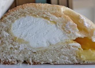 ニューヨーロッパ風クリームパン