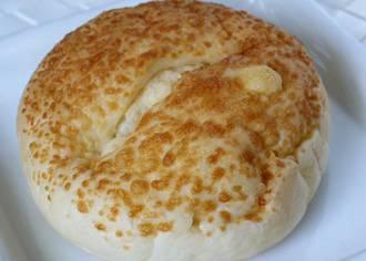 温めてとろけるじゅんわりじゃがパン