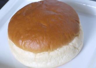 抹茶ラテクリームパン