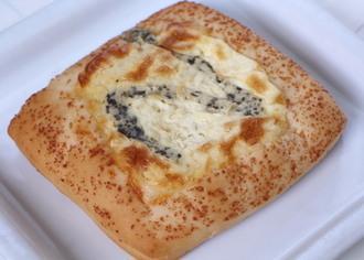 第一パン チーズピザゴルゴンゾーラ