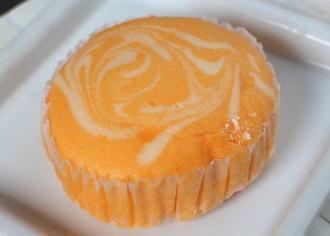 北海道メロンヨーグルト蒸しケーキ