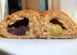 黒糖入り2色パン芋あん&栗入りつぶあん