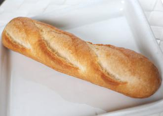 ミニフランスパンサンドミルク