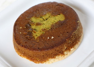 宇治抹茶ケーキをのせたタルト