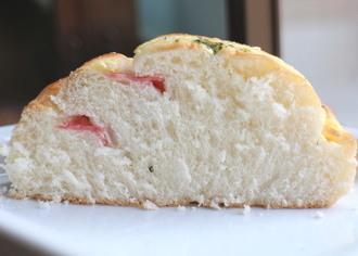 ボロニアソーセージパン