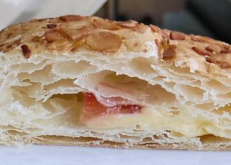苺のミルフィーユ ナポレオンパイ風