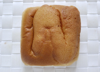 ホイップクリームパン