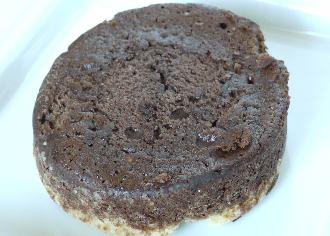チョコケーキをのせたタルト