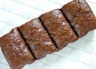 もちっとした食感を楽しむ黒糖蒸しぱん